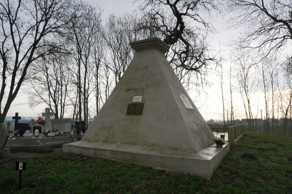 Grobowiec Zawadzkich i Czaykowskich